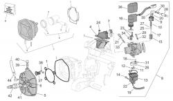 Zylinder, Zylinderkopf, Ansaugstutzen, Vergaser